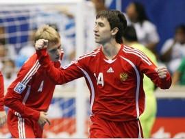 Футбол: Сборная России нулевой ничьей закончила матч в Армении // ИА Спортком